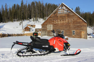 snowmobile-views-113020