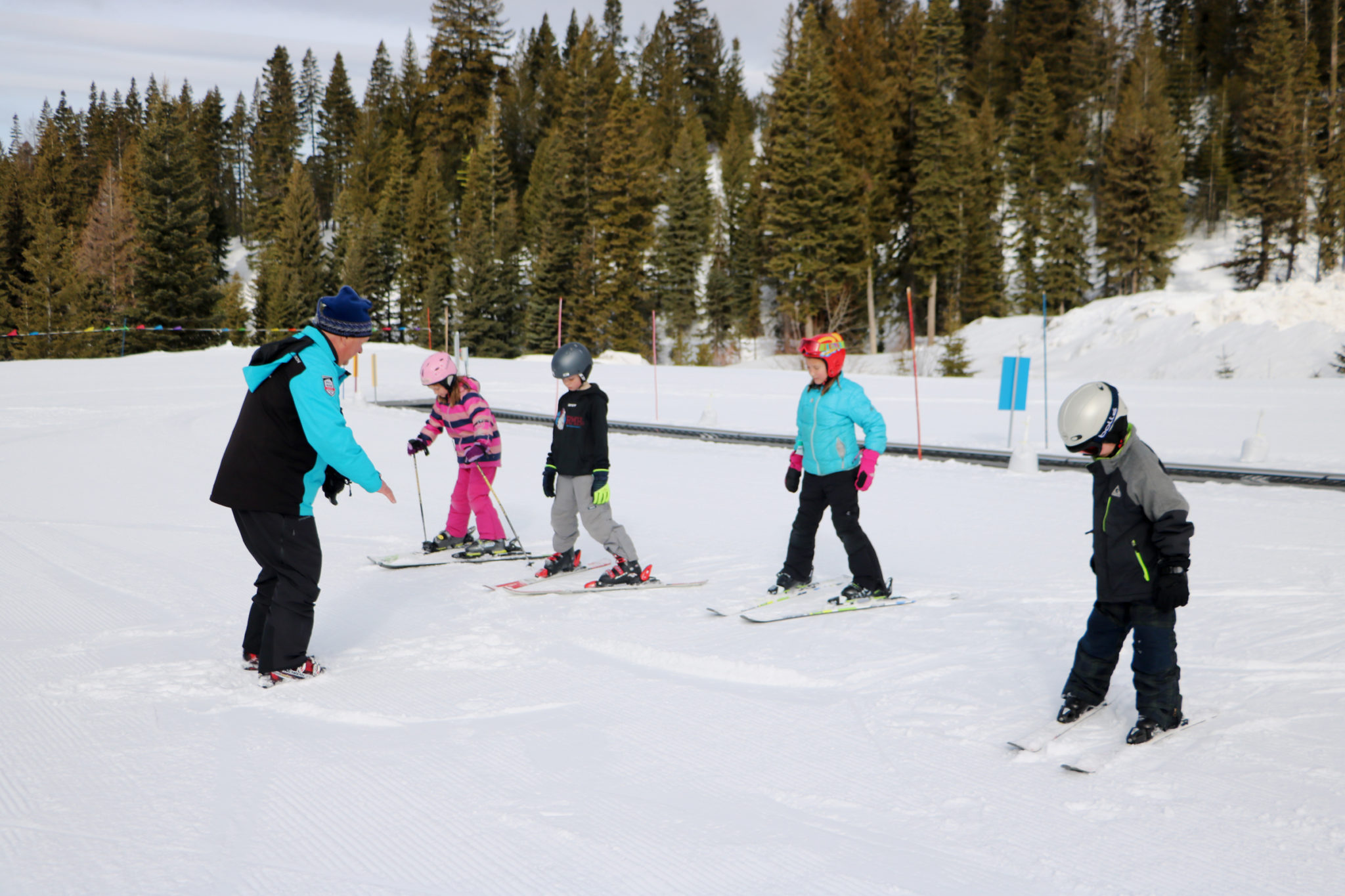 Local Kids Learn to Ski Free Week